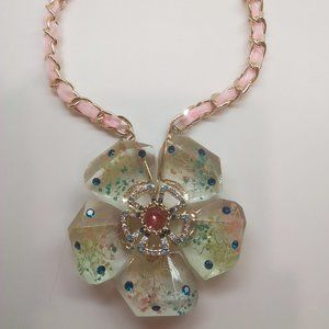 Betsey Johnson New Lucite Flower Necklace